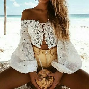 Beautiful long sleeve lace up off the shoulder
